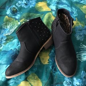 Aeropostale Booties with Silver Stud Accents - 8
